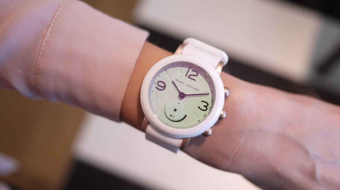Smart watch от Marc Jacobs