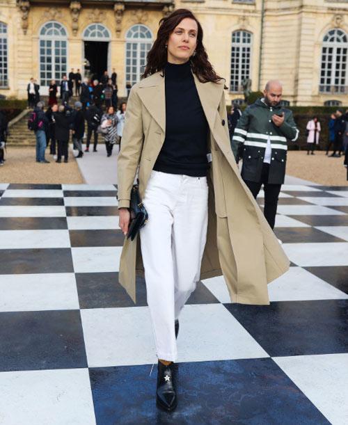 Эмилин Валаде на показах коллекций Couture в Париже 2018