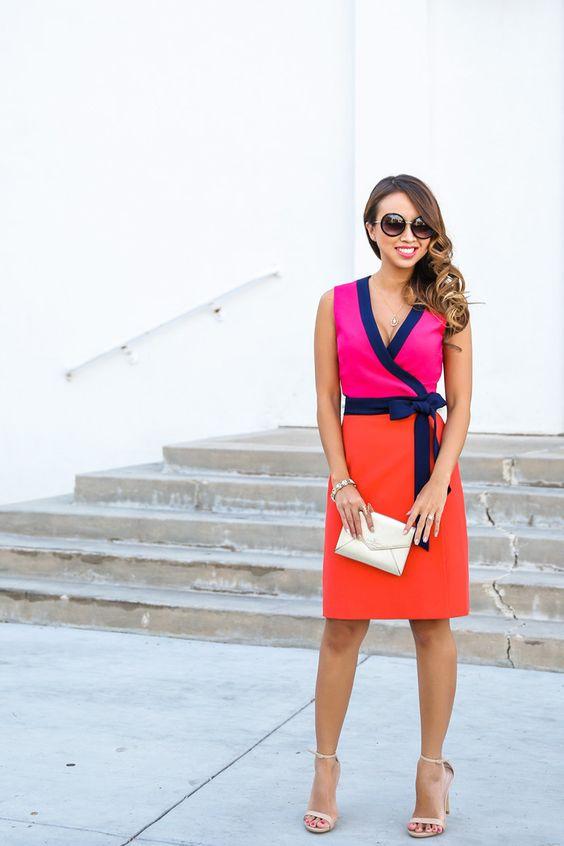 Платье в стиле колорблокинг