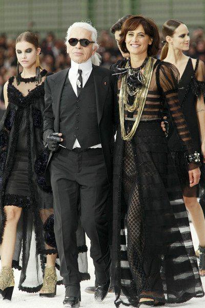Инес де ля Фрессанж и Карл Лагерфельд на показе Chanel, 2011