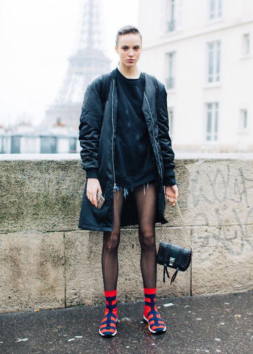 Свитшот в сочетании с шортами в женском гардеробе