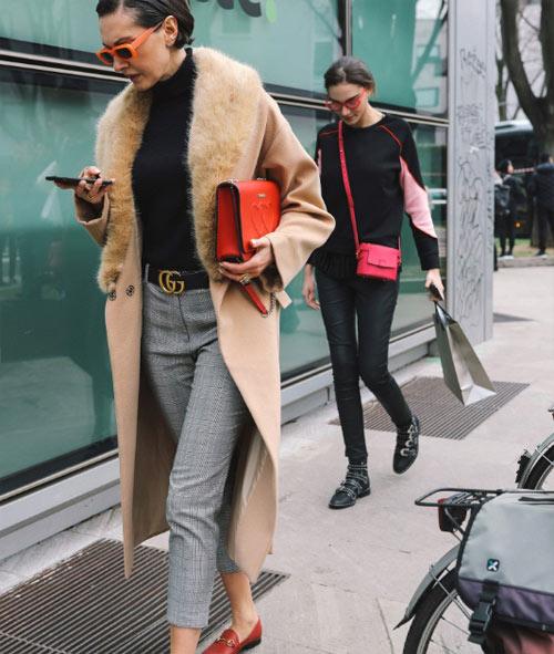 Уличный стиль Милана. Бежевое пальто - маст хэв весны!