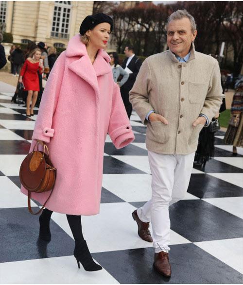 Уличный стиль Парижа во время показов коллекций Couture осень-зима 2018