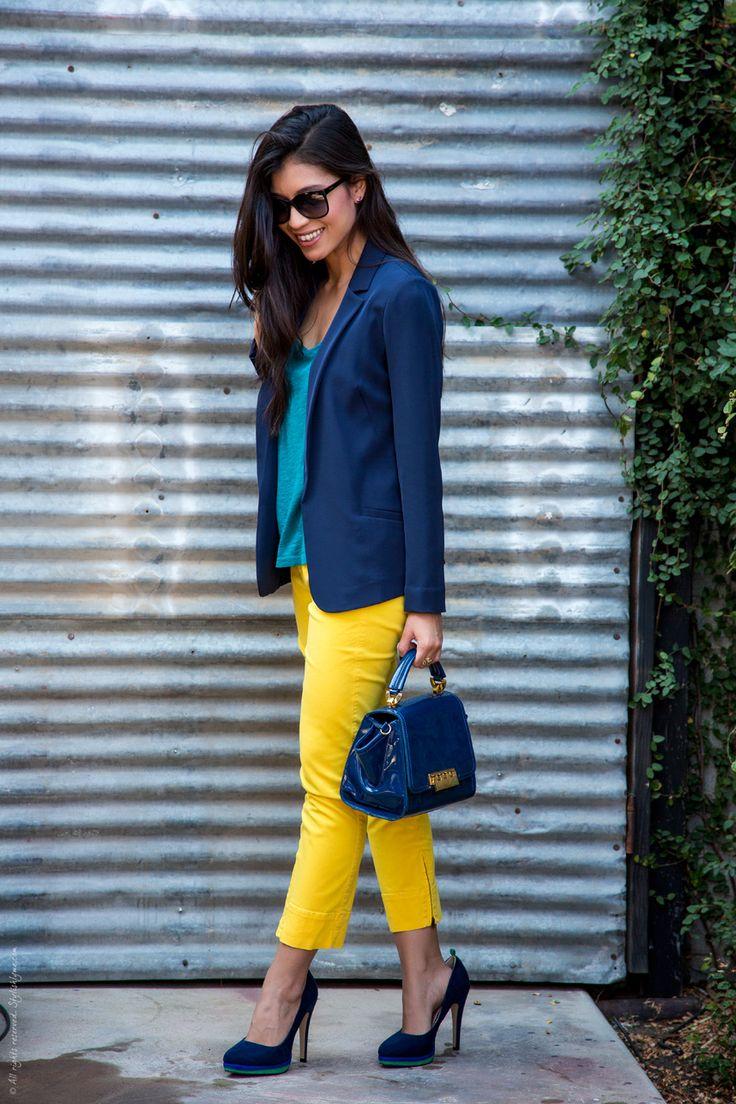 Сочетание желтого и синего в одном образе