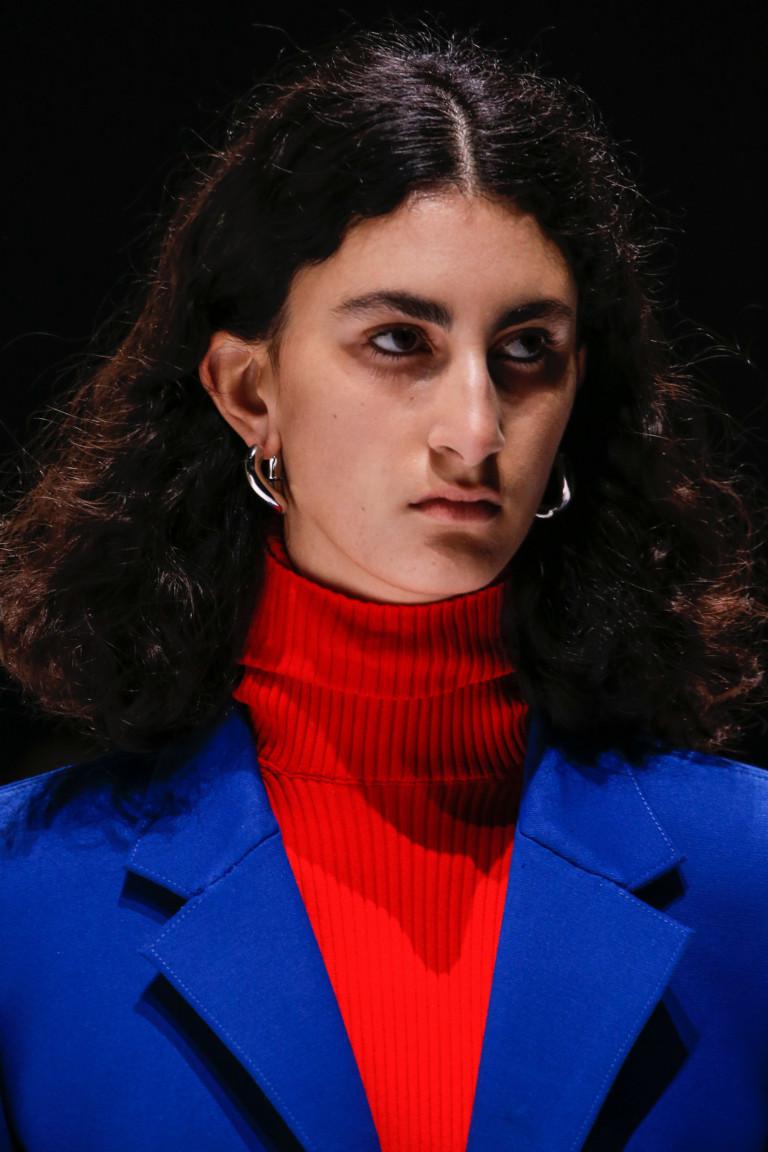 Модные серьги 2018-2019. Коллекция Balenciaga