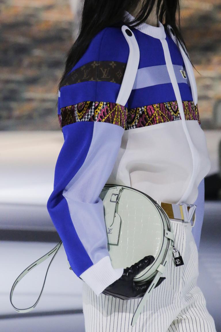 Круглая сумка мятного цвета Louis Vuitton из коллекции осень-зима 2018-2019