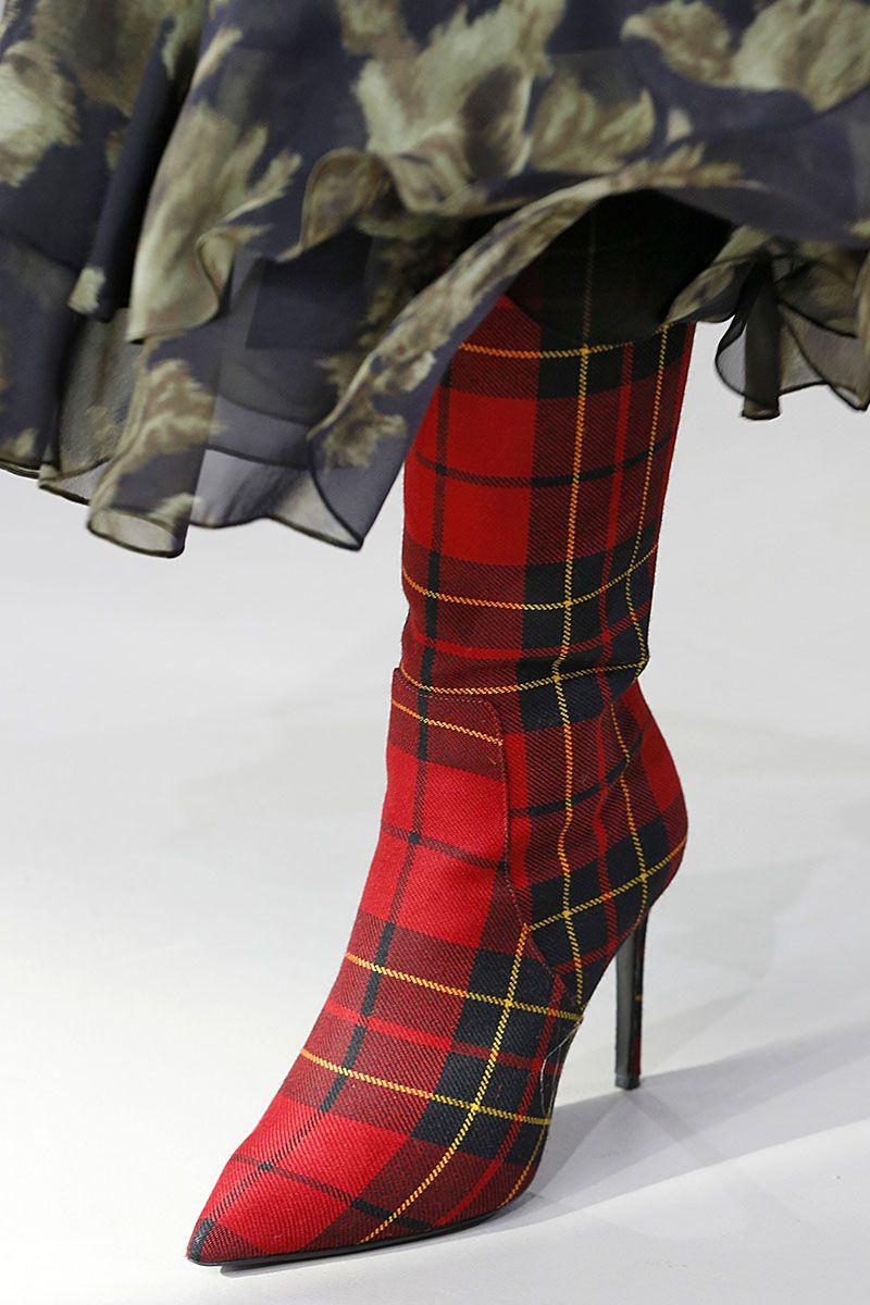 """Сапоги """"шотландка"""" из коллекции Michael Kors осень-зима 2018-2019"""