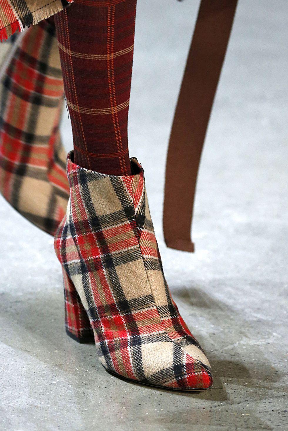 Ботинки в шотландскую клетку Vivienne Tam осень-зима 2018-2019