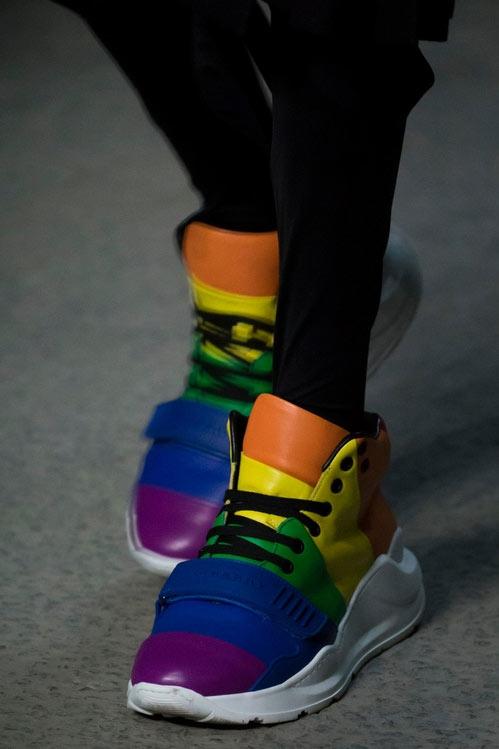 Модные кроссовки осень-зима 2019 года