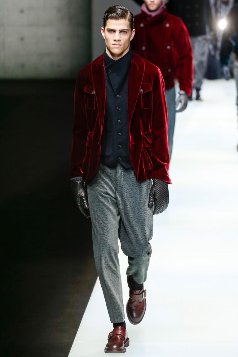 Бархатный бардовый пиджак из мужской осенне-зимней коллекции 2018-2019 Giorgio Armani