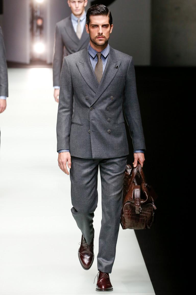 Классический серый костюм Giorgio Armani на осень-зиму 2018-2019