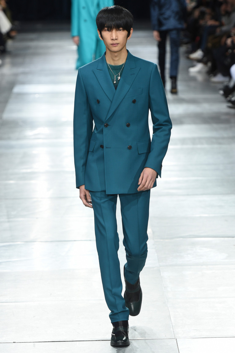Двубортный голубой пиджак. Коллекция FW 2018-2019 Paul Smith
