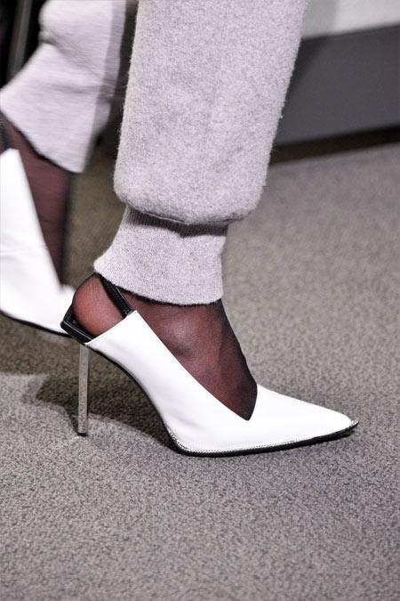 Белые вечерние туфли Alexander Wang осень-зима 2018-2019