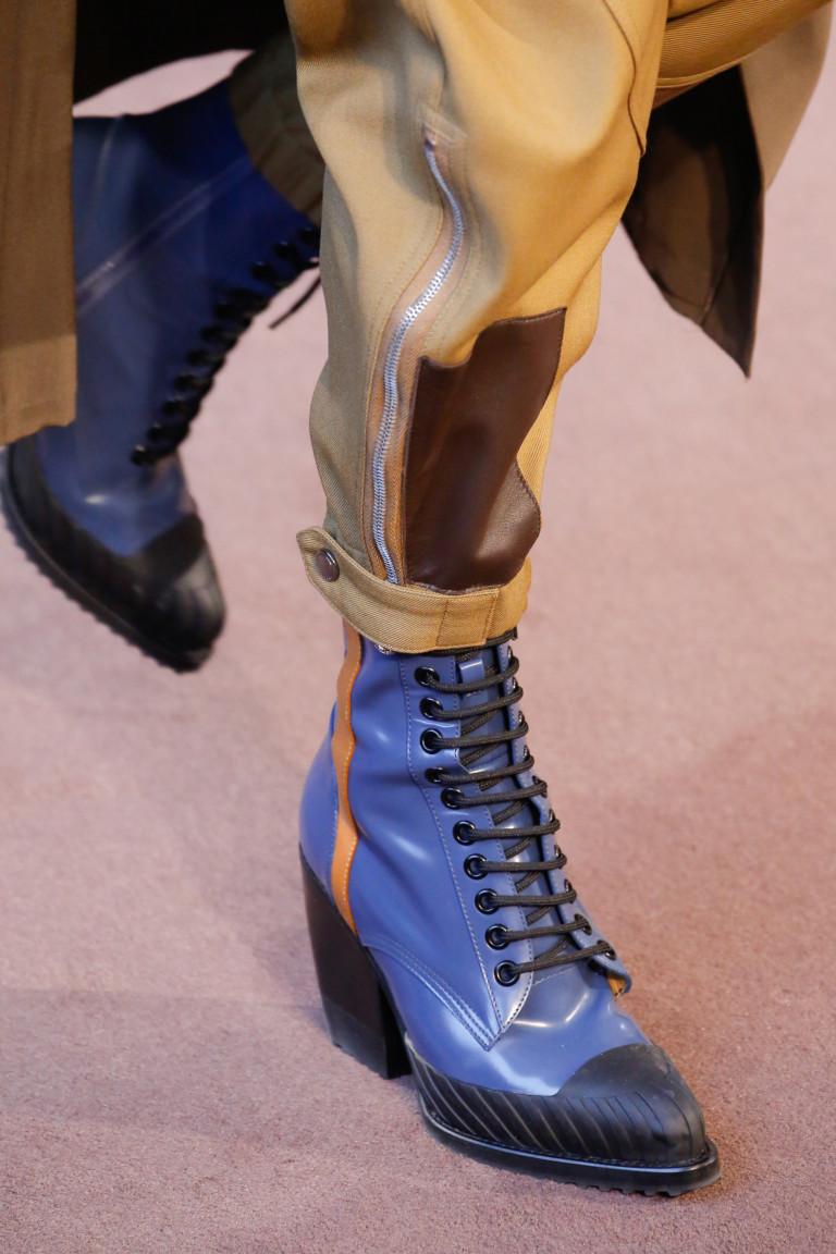 Ботинки на шнуровке в спортивном стиле. Коллекция Chloé осень-зима 2018-2019
