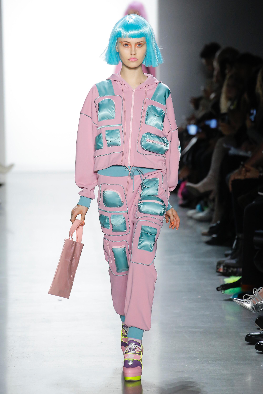 Модные прически осень-зима 2018-2019: рыжий, короткие стрижки и локоны на фото