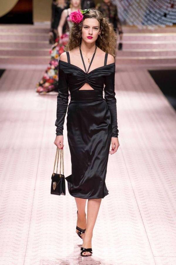 Черное атласное платье из весенне-летней коллекции D&G 2019