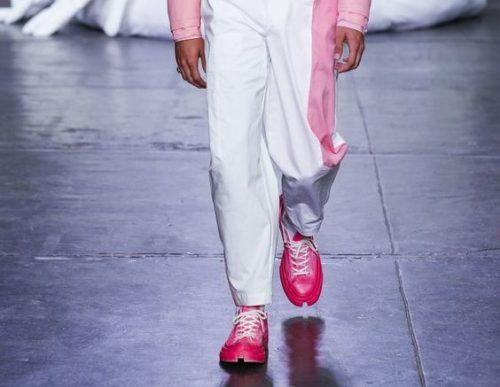 Розовые кроссовки для мужчин