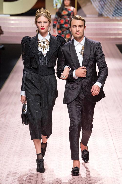Лиз Кеннеди и американский актер Брендон Томас Лии в костюмах от Долче Габбана 2019