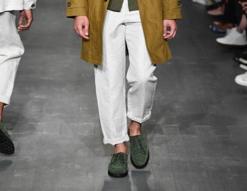 Зеленые мужские туфли