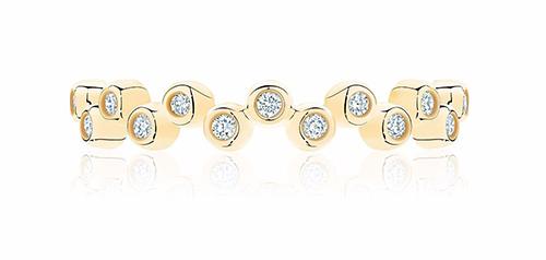 Золотое кольцо в желтом металле с бриллиантами