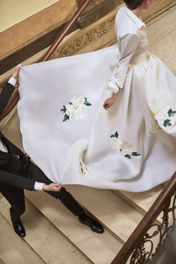 Свадебное платье с цветочным принтом весна-лето 2019 Carolina Herrera