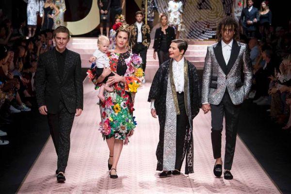 Показ коллекции Dolce & Gabbana SS 2019 в Милане