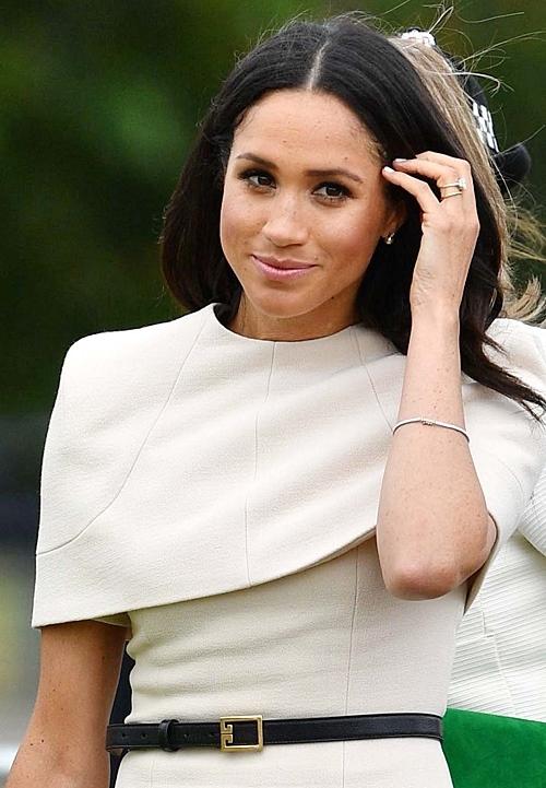 Меган Маркл в белом платье
