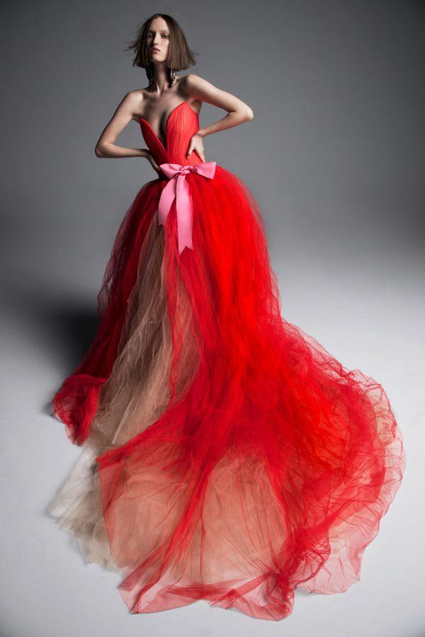 Красное свадебное платье. Коллекция Spring 2019 Vera Wang