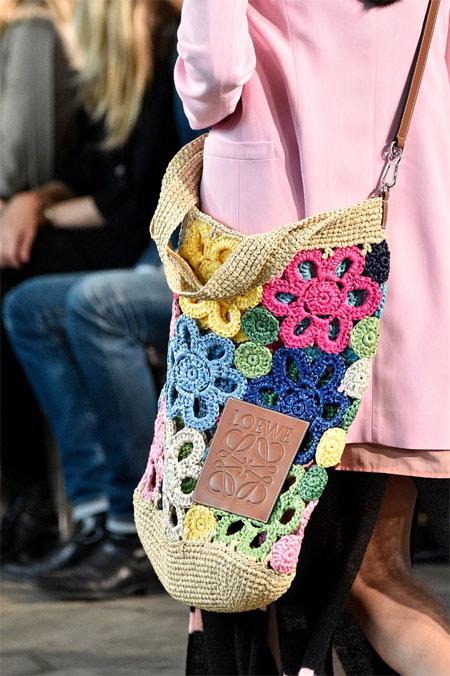 Летняя модная сумка от Loewe для лета 2019