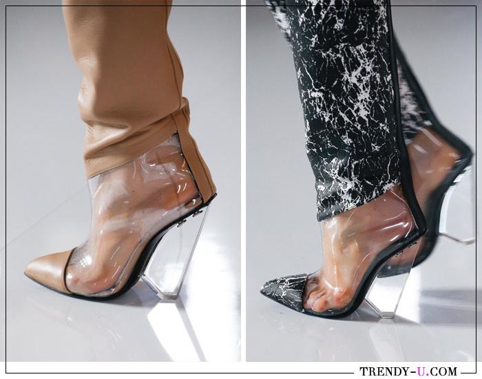 Модная обувь из пластика от Balmain для весны 2019