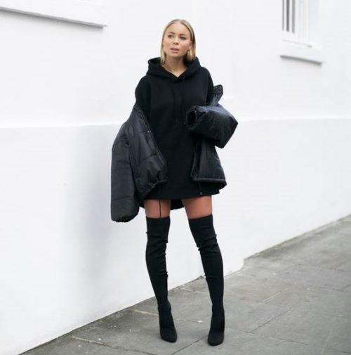 Черное платье-худи и пуховик
