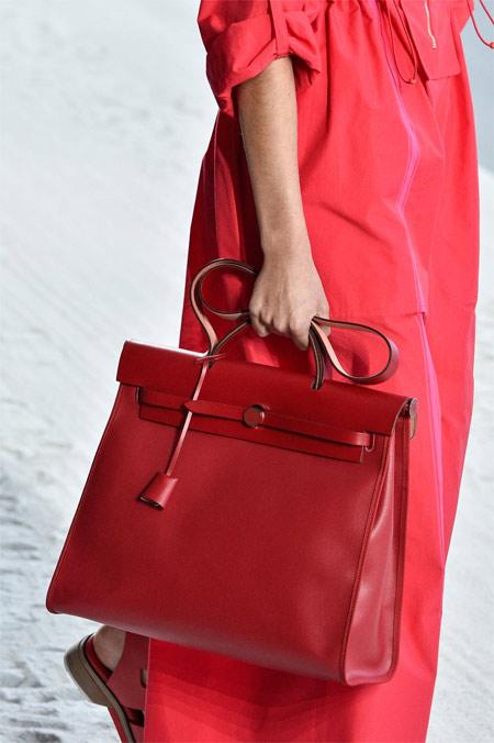 Красная сумка Hermes SS 2019