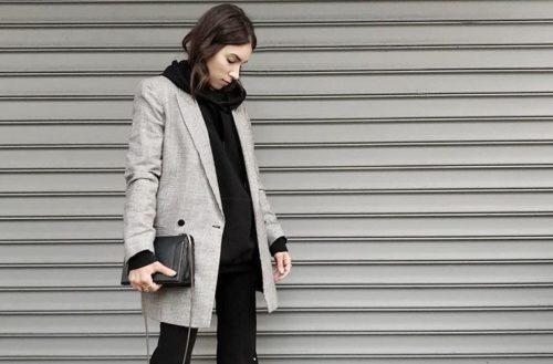 Черная толстовка с серым пиджаком