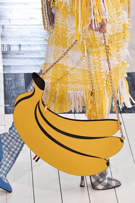 Летняя модная сумка в виде банана от Tom Brown для весны и лета 2019