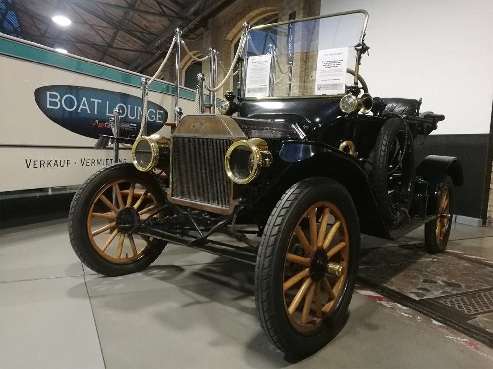 Ford Roundabout 1916-го года выпуска не продается