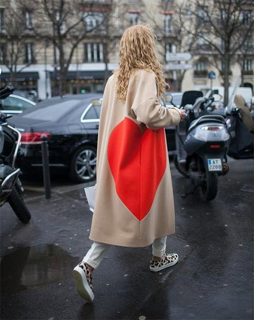 Пальто оверсайз цвета беж