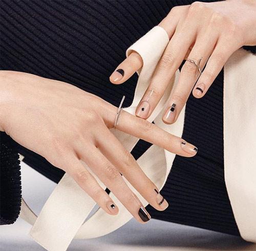 Минимализм до кончиков ногтей