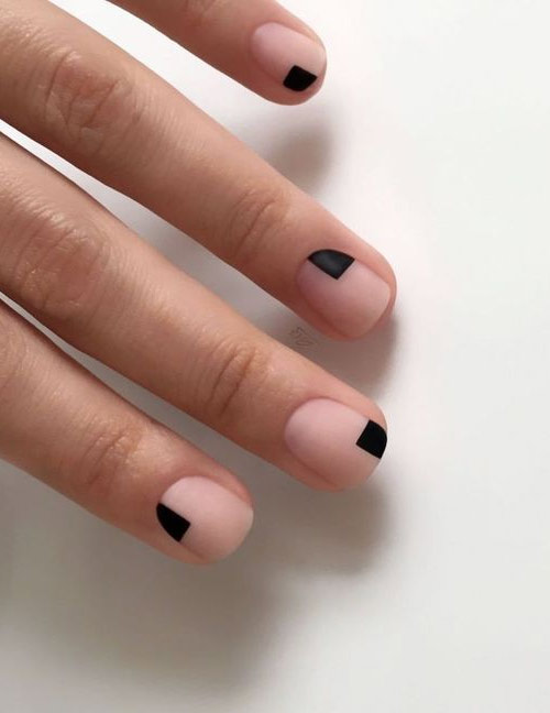 Ногтевой дизайн в минималистическом стиле