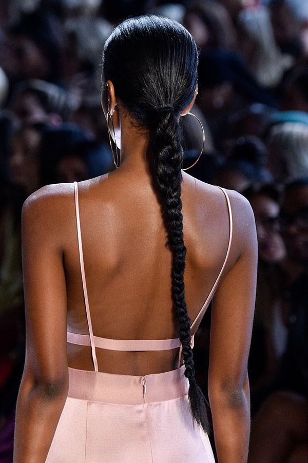 Cushnie: длинная коса