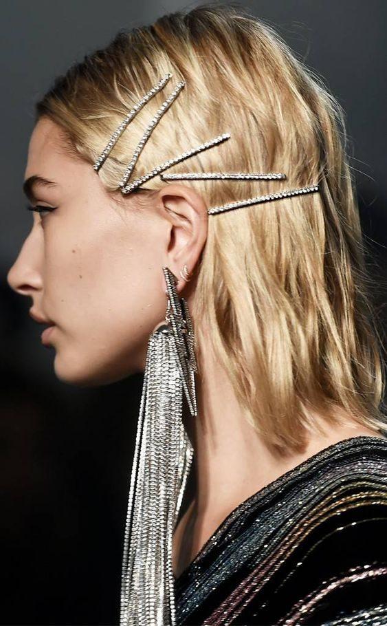 hayli-bolduin-e1549216854529 Модные женские стрижки 2019: 100 стильных идей на средние волосы