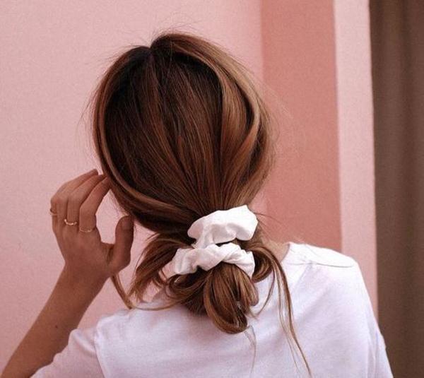 Резинка для волос в стиле 90-х