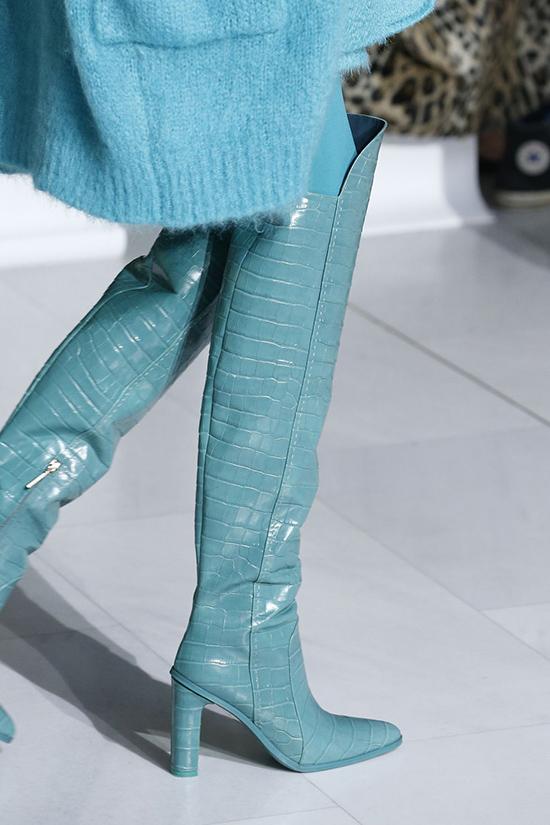 Голубые ботинки Max Mara