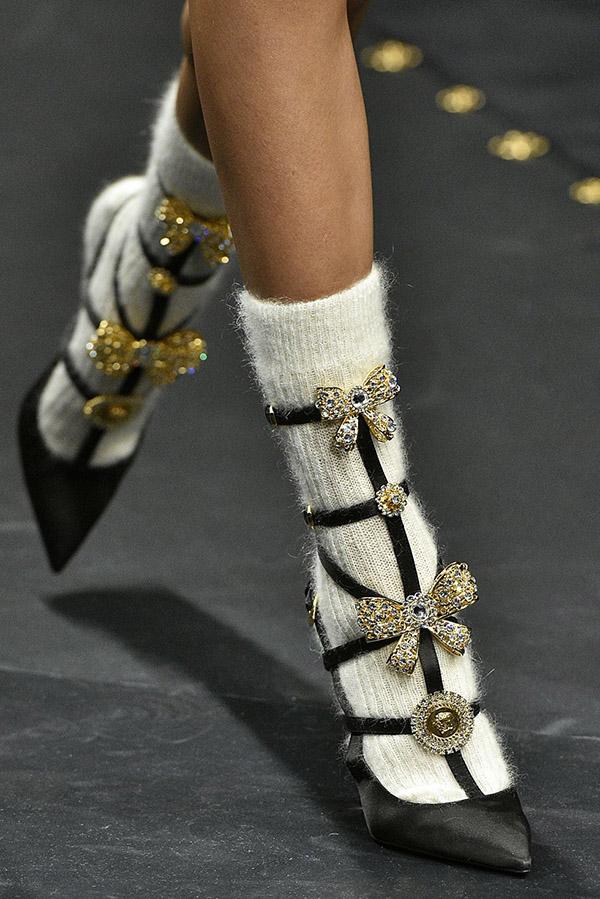 Туфли Versace с узким носом