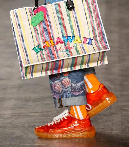 Оранжевые кроссовки из коллекции GCDS весна-лето 2020