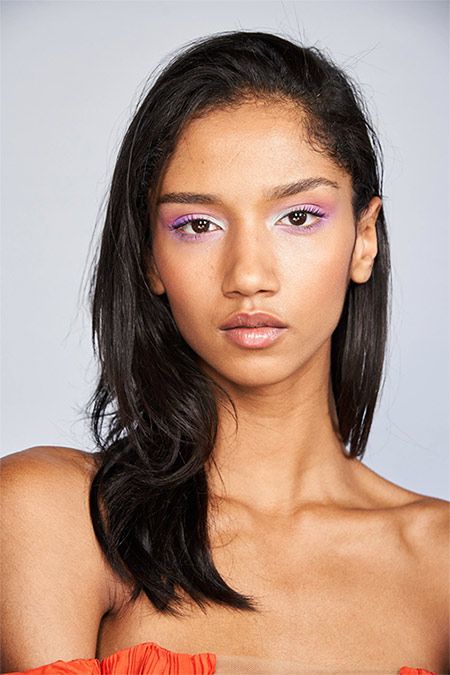 Фиолетовые тени на веках - тренд макияжа 2020