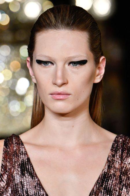 Модные тенденции в макияже весна-лето 2020 - стрелки