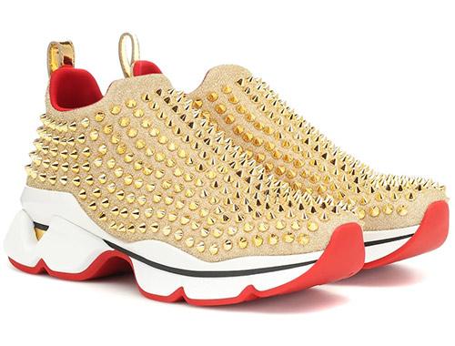 Модные кроссовки Christian Louboutin золотистые с шипами 2020