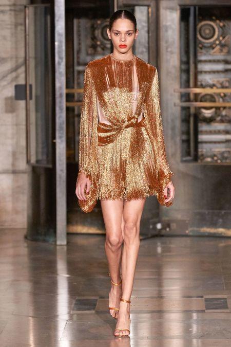 Золотое платье с бахромой от Oscar de la Renta