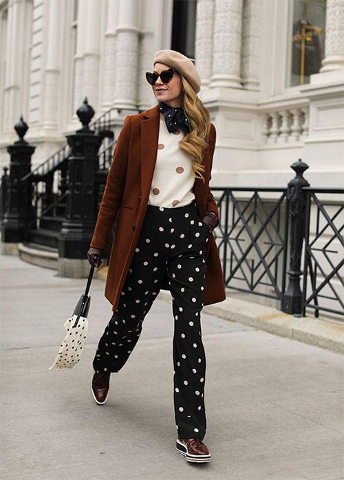 Брюки, свитер и сумка с принтом горох на моднице