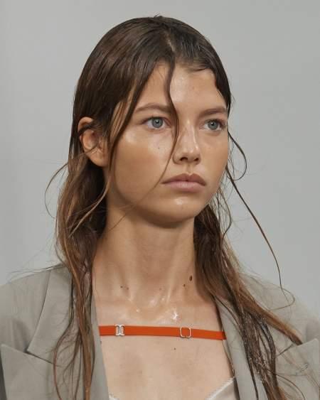 Эффект мокрых волос - горячий тренд будущей весны